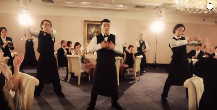 結婚式サプライズダンス